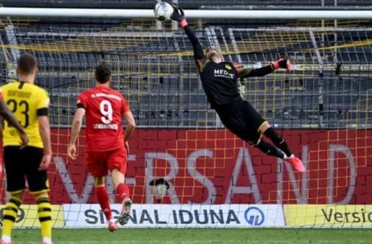 Bundesliga week 28 match between Dortmund and Munich