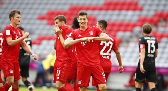 Robert Lewandowski Goals 28 and 29 relegation Fortuna Düsseldorf